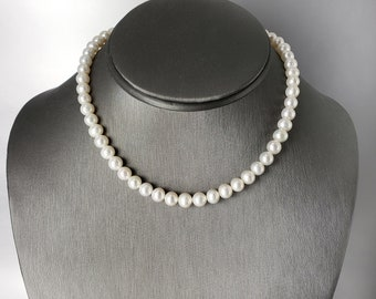 Small Pearl Necklace Choker 14 Inches With 3 Inch Extender Chain