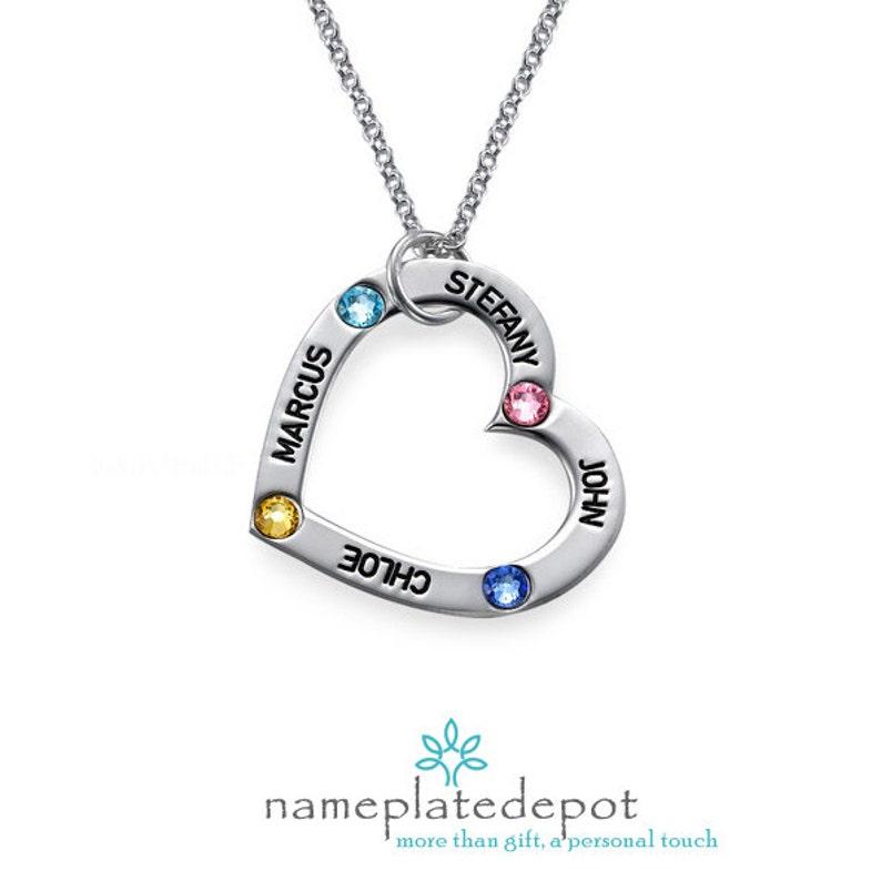 b9c03e1e6f Incisa collana cuore Ciondolo con nome di cuore Famiglia | Etsy