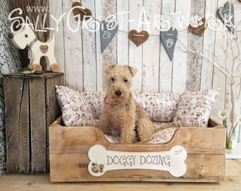 """Handcrafted wooden dog bed, Driftwood Brown, MEDIUM-LARGE - 75cm x 54cm x 25cm  (29.5"""" x 20.5"""" x 10"""")"""