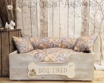 "Handcrafted wooden dog bed, Beachcomber Grey, Medium-LARGE - 75cm x 54cm x 25cm  (29.5"" x 20.5"" x 10"")"