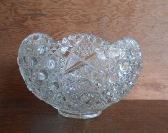 Jahrgang Bowle Verzierten LE Smith Daisy Und Knöpfe Geformt Herzstück  Display Glas Cutwork Design Große Riesige Glas Schüssel Servier Schüssel