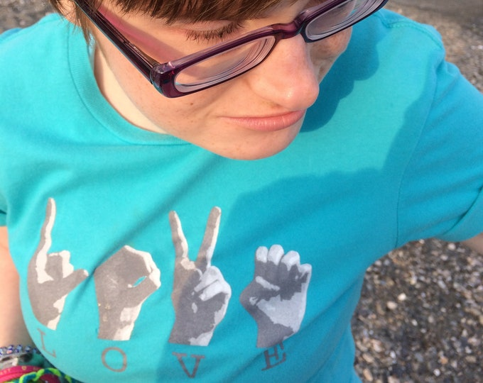 ASL Love Tee Shirt - American Sign Language - Cotton T shirt - Juniors Tees -  Size XS