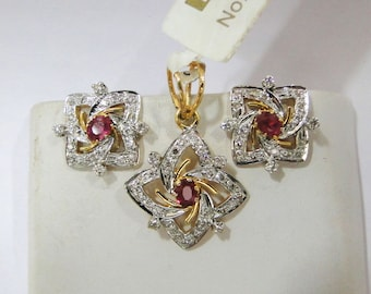 14k Solid Gold Natural Ruby Diamond Gemstone Pendant & Stud Earring Pair