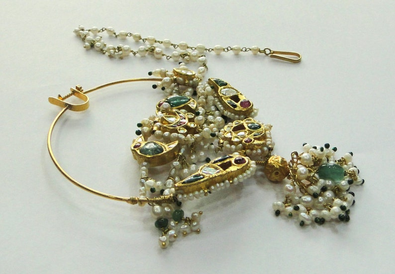 a84087ad45e18 Vintage Antique Solid 20k Gold jewelry pearl Emerald Ruby Nose Ring Nath