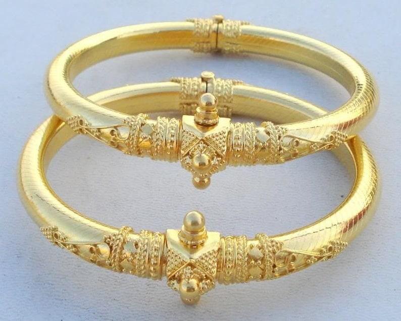 b0ee6ec99 Vintage Antique Solid 22 Carat Gold Bracelet Bangle Pair | Etsy