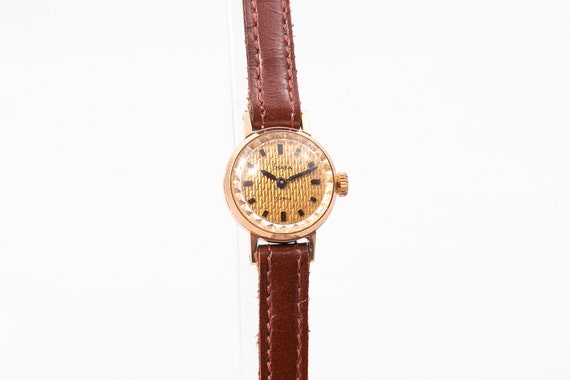 Chaika ladies watch,russian womens watch,gold ladi