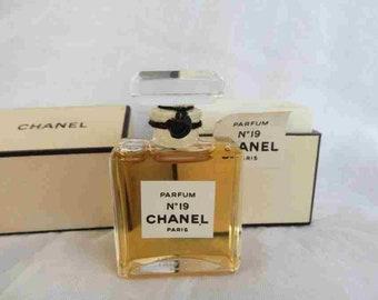 Chanel No 19 Etsy
