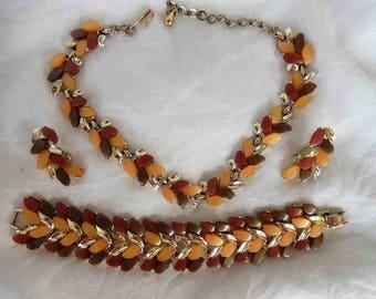 Claudette Thermoset Leaves Parure Necklace Bracelet Earrings Set 1960s