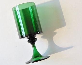 """8"""" Nanson Moretti Murano Goblet in Emerald Green"""