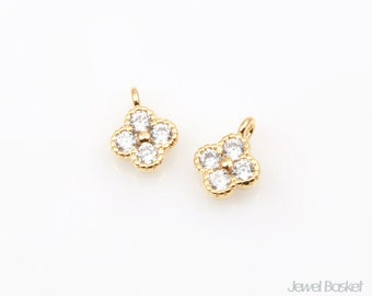 2pcs - Cubic Clover in Gold / cubic zirconia / 16k gold plating / clover / pendant / 7.0mm x 5.0mm / CG052-P