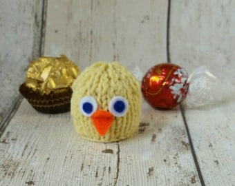 Easter Chick   Bird hand knitted Ferrero Rocher or Lindt Lindor chocolate  cover  favour d84419607a2