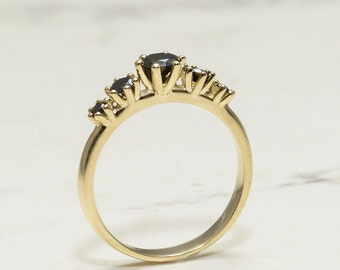 Unique engagement ring, Gold and Diamond ring, Diamonds ring, Black diamonds ring, Balck diamonds engagment ring, Impressive wedding ring