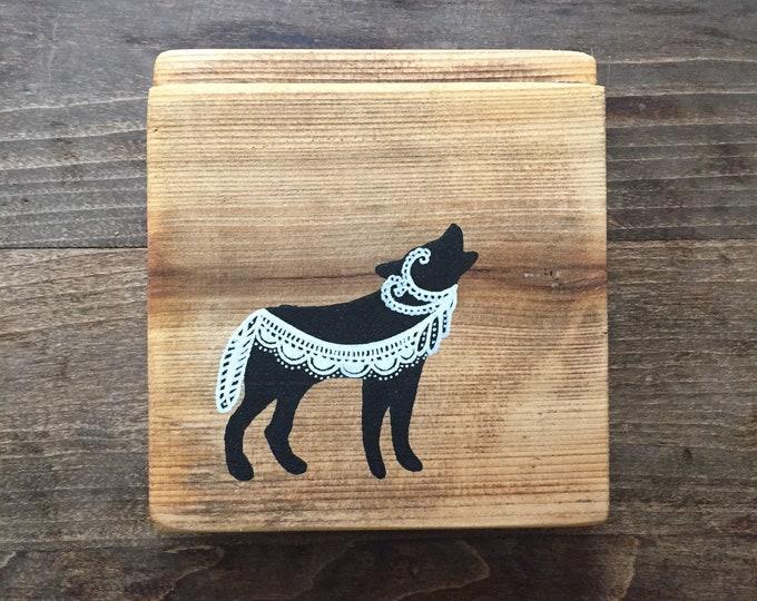 Mandala Wolf - Rustic Reclaimed Wood Wall Art Home Decor Gift