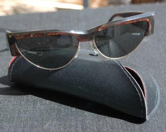 5ff6ed5a3eb41 RAY-BAN Vintage sunglasses