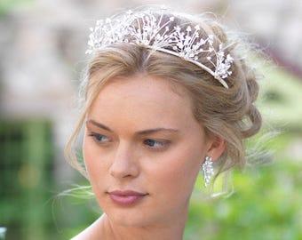 Floral Wedding Tiara, Flower Bridal Crown, Floral Wedding Crown, Flower Bridal Tiara, Bridal Headpiece, Bridal Hair Accessory, Bride - 7004