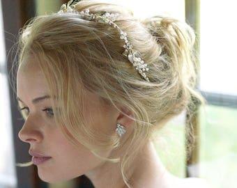 Floral Bridal Headband, Pearl Wedding Headband, Pearl Bridal Headband, Floral Headband, Bridal Hair Accessory, Bridal Headpiece - 7052