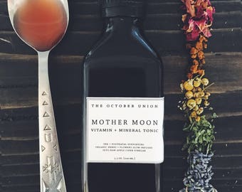 MOTHER MOON - Vitamin + Mineral Tonic. Pregnancy Prenatal Postpartum. Nourish + Support. Organic Raw Live. Herbal Vinegar Tincture.