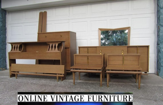RARE 1950s Bedroom Set Kent Coffey Sequence Dresser Credenza