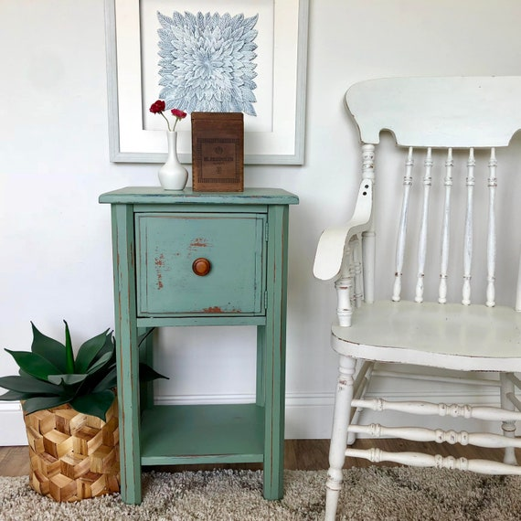 Farmhouse Side Table - Small End Table with Shelf - Vintage Nightstand - Distressed Furniture - Maple Wood Furniture