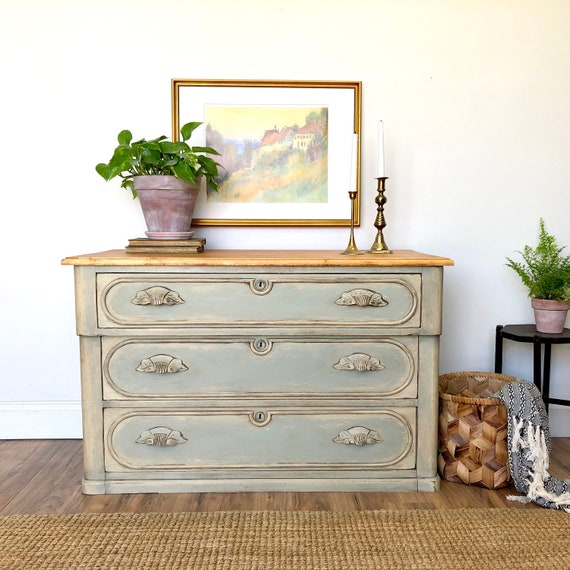 Farmhouse Dresser - Antique Painted Furniture