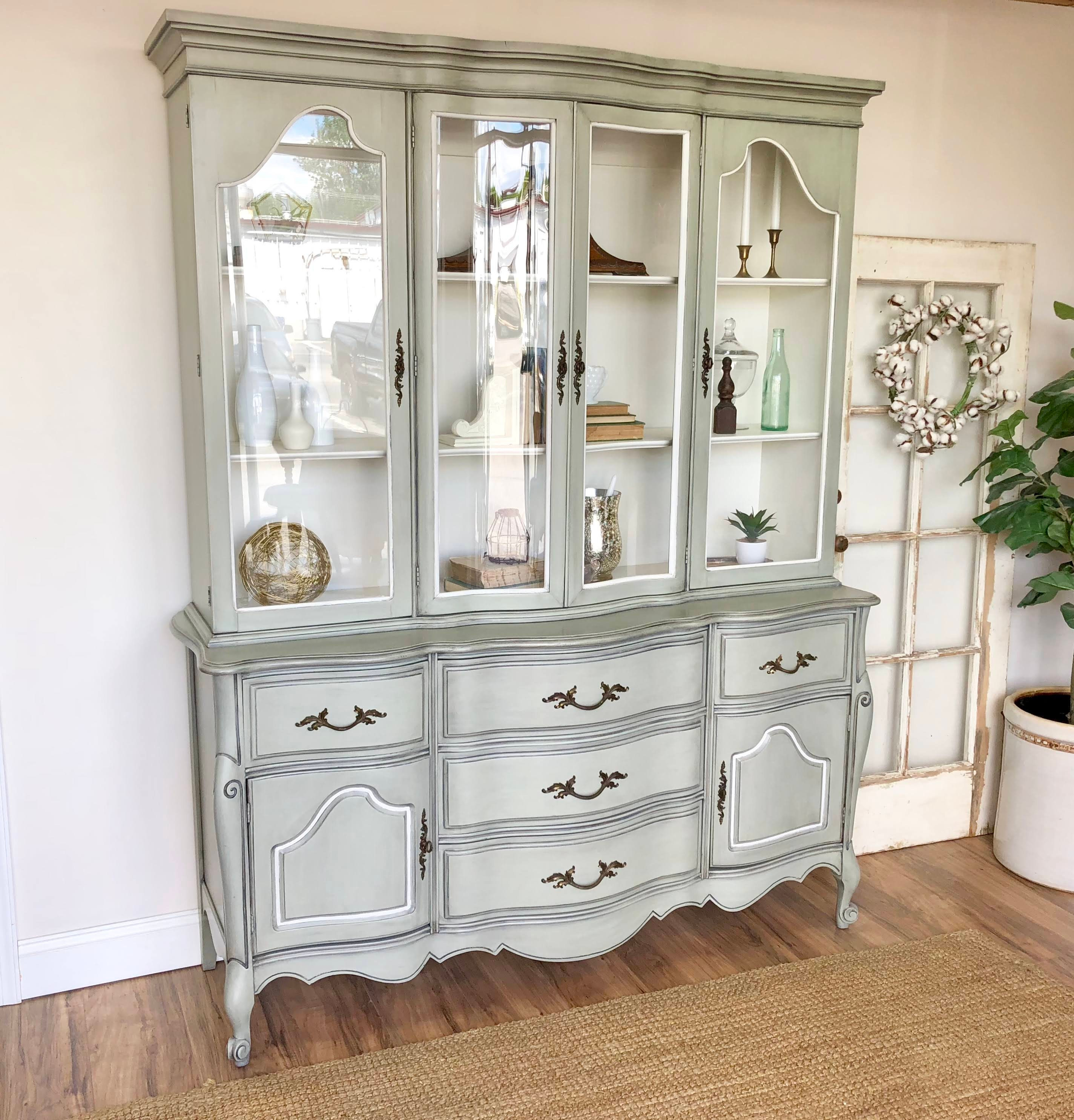 French Provincial Vintage China Cabinet   Shabby Chic Furniture   Painted  Dining Room Breakfront Cabinet For Storage Of Dinnerware