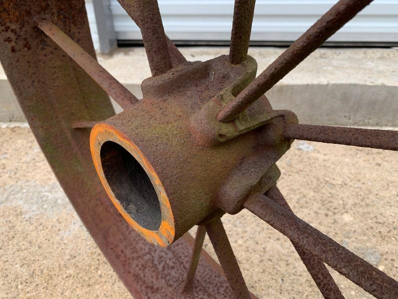 Large Heavy Farm Garden /& Yard Decor Repurposed Salvaged Parts Antique 28 Metal Wagon Wheel