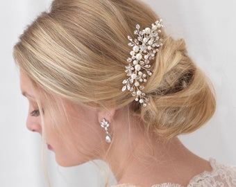 Pearl Bridal Comb, Floral Wedding Comb, Bridal Hair Comb, Wedding Hair Accessory, Crystal Hair Comb, Pearl Comb, Bridal Headpiece ~TC-2293