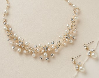 Delicate Gold   Fresh Water Pearl Bridal Jewelry Set 626f478c8