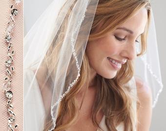 Beaded crystal ivory 1 ply bridal veil veil simple discreetly elegant comb