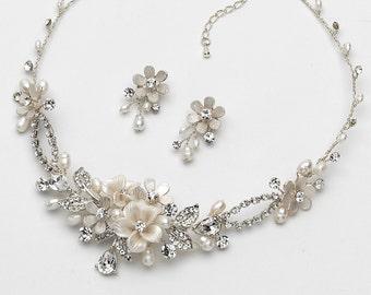 Floral Bridal Jewelry Set, Pearl Bridal Jewelry, Floral Jewelry Set, Pearl Jewelry Set, Wedding Jewelry, Bridal Accessories, Bride ~JS-1661