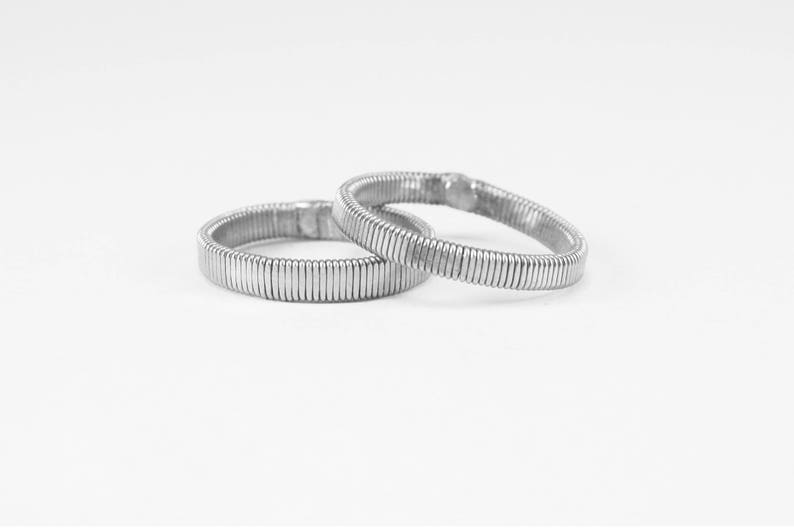 Bass string ring Guitar ring String ring Band ring Recycled jewelry Minimalist ring Music ring Wedding ring Bass player Wedding band