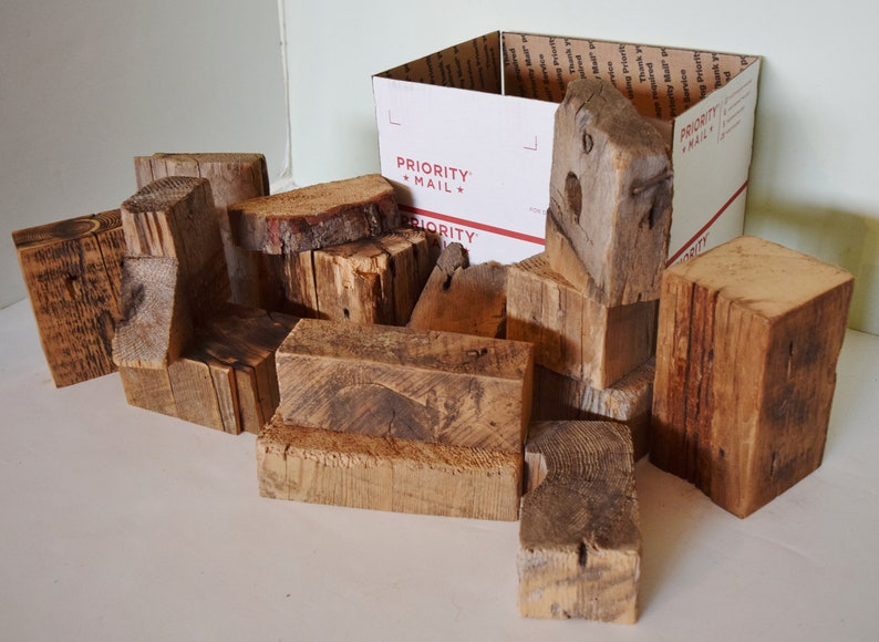 Reclaimed Barn Wood Blocks Art Sculpture Bases Arts And Crafts Assortment Box Of Barnwood Rustic Distressed Lot Antique Free Shipping