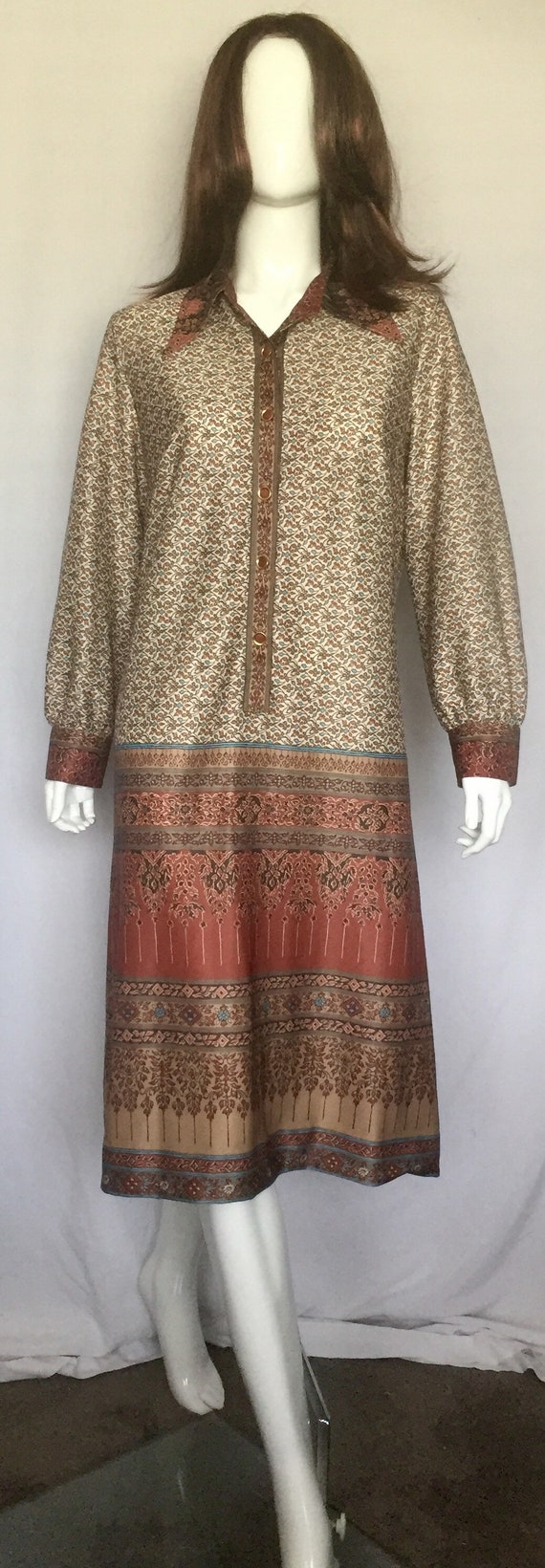 1970's Burnt Orange and Brown Shirt Dress - image 5