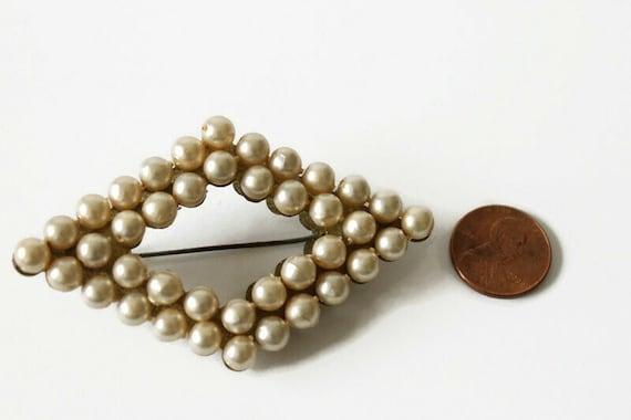 Vintage Faux Pearl Brooch - image 6
