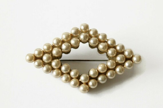 Vintage Faux Pearl Brooch - image 1