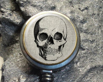 Silvery C1331 RhyNSky Biker Skull Retractable Badge Holder Reel Clip with Alligator Clip for Name Tag ID Card Keys
