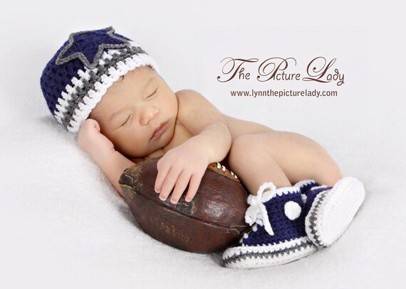 2c366a320 Items similar to Dallas Cowboys-inspired Converse and Hat set - Preemie