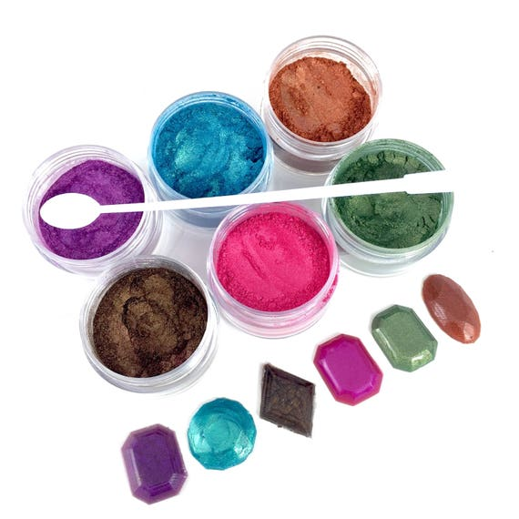 6 Pearlized Resin Coloring Powder. Free tiny spoon Resin