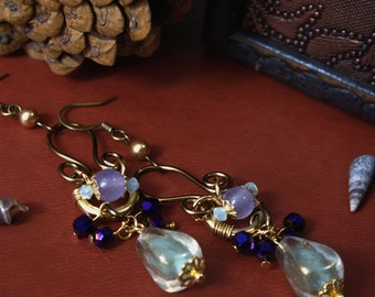 Maiden's Voyage - Antique Brass Wire Elven Fantasy Tolkien Dangle Earring