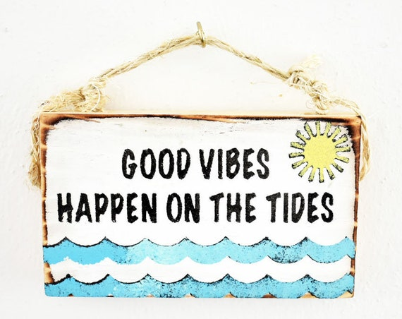 Good Vibes Sign / Beach Sign / Mermaid Party / Dorm Room Decor/ Surf Sign / Ocean Decor / Ocean Art / Surf Gift / Wholesale Home Decor