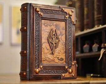 Skyrim leather journal - 8 x 10 inches large - 600 blank pages - Medieval style - Gamer handbook - Skyrim book - Dark Brotherhood