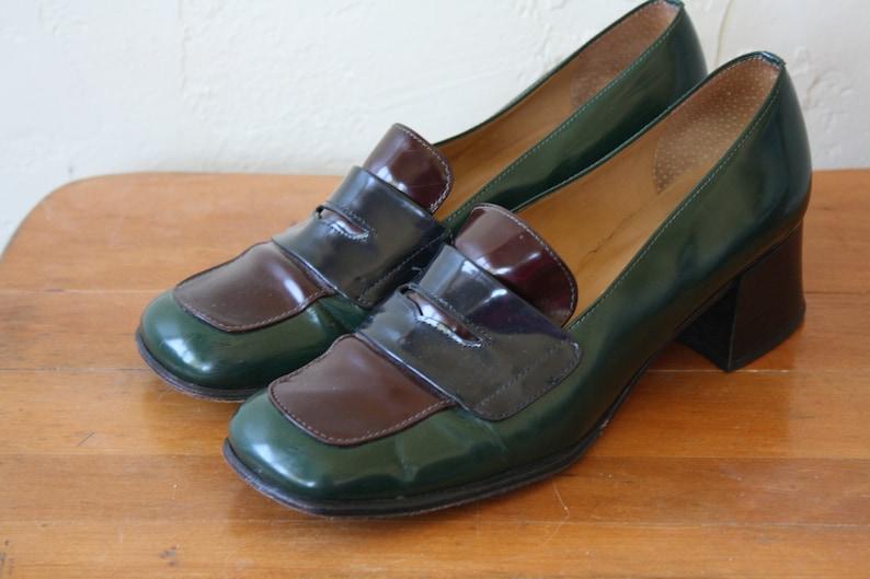 ab9ec93bb7843 1980s Leather Oxfords / Chunky Heel Shoes / Vintage Tri Color Heels /  Secretaries Office Heels / Forest Green Heels 8