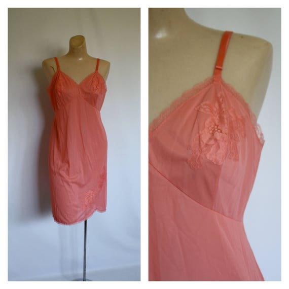 1950s Dress Slip   Vintage Lace Slip   Vanity Fair Dress Slip  78ebec862