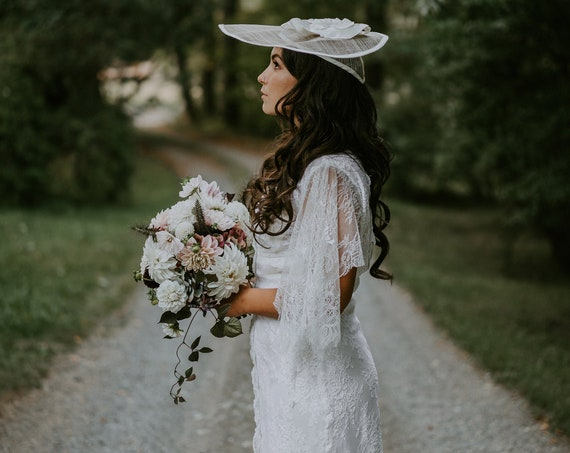 Simone Lace Wedding Dress
