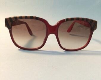d8ee5961c3ef6e Lunettes vintage Emmanuelle Khanh, rouge et serpent, oversize