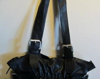 Splendid XL leather shoulder bag, excellent condition
