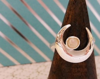 Moonstone moon silver ring - Sailor Moon jewelry