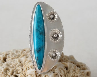 Nacozari Turquoise and Flowers Statement Ring, Size 8