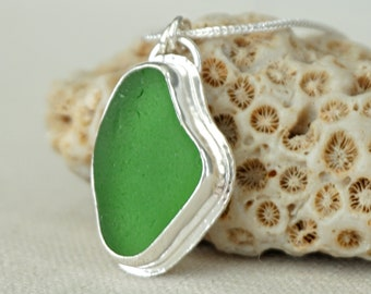 Kelly Green Sea Glass Pendant
