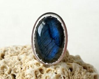 Blue Flash Labradorite Oval Statement Ring, Size 9